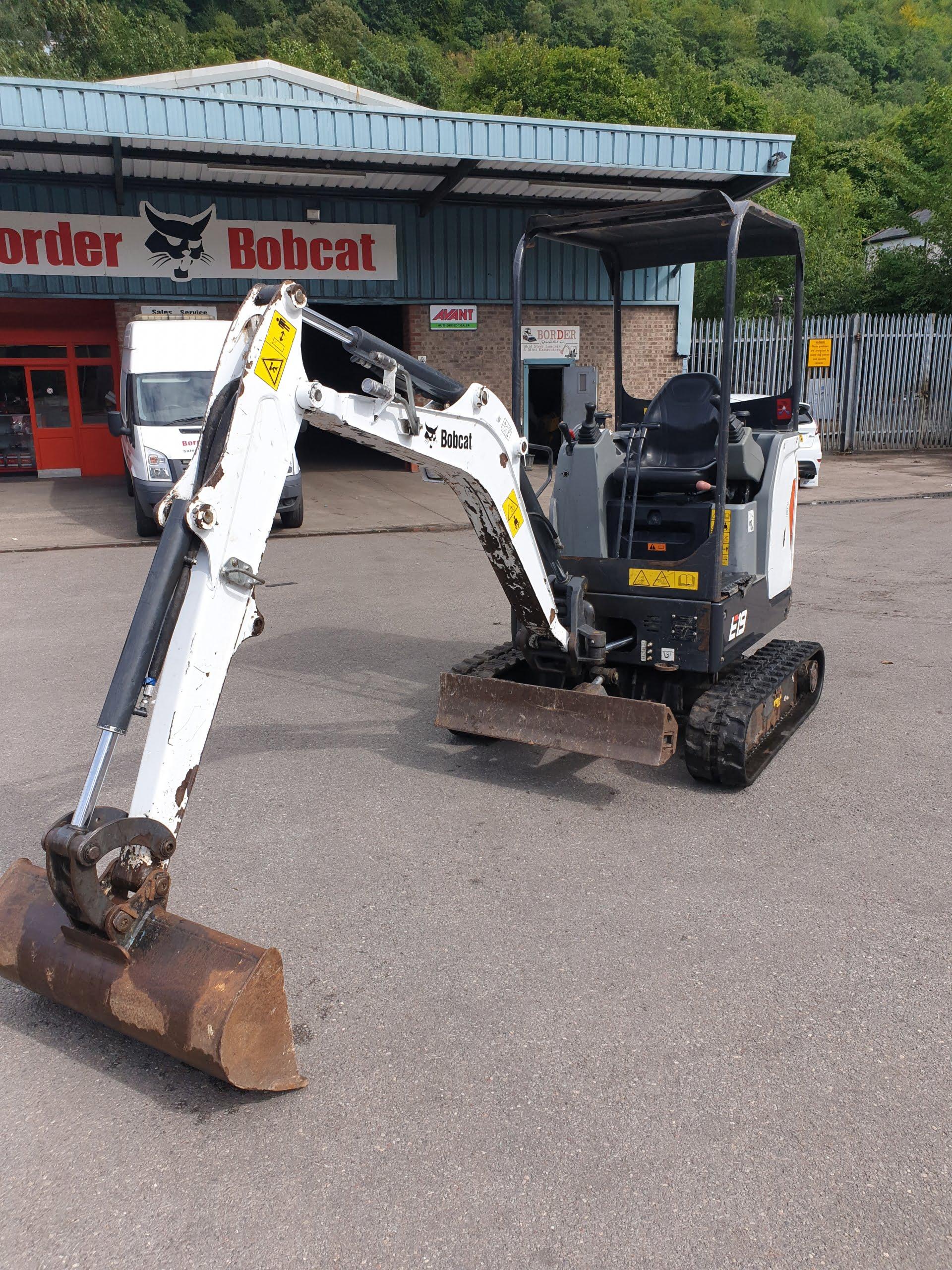 B9322 Used Bobcat E19 mini excavator, Used Plant Excavators